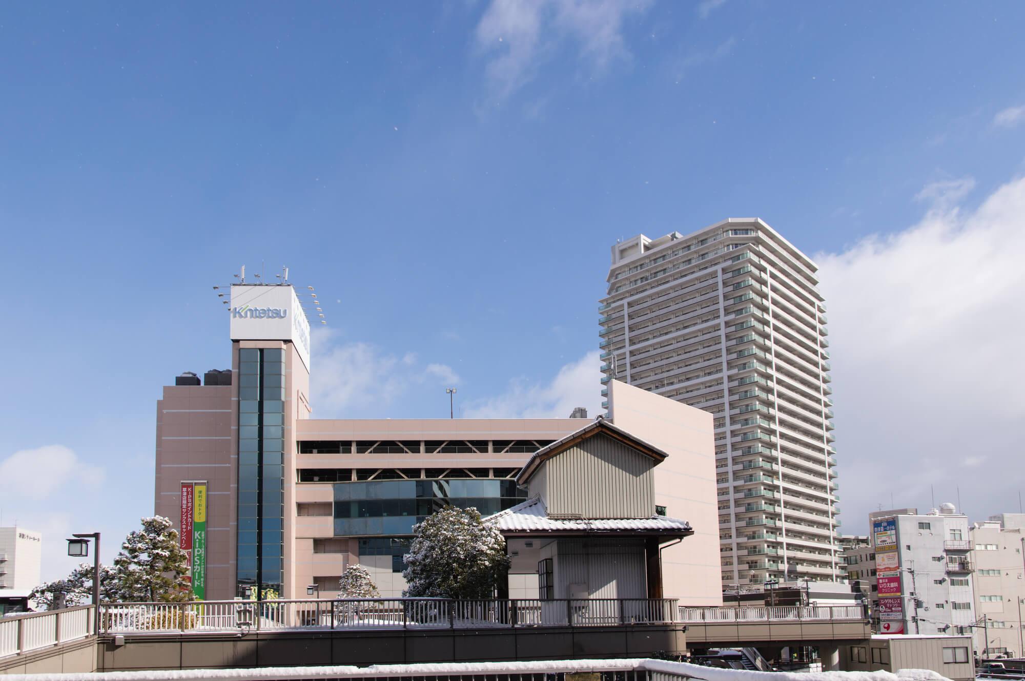 草津駅前ロータリー