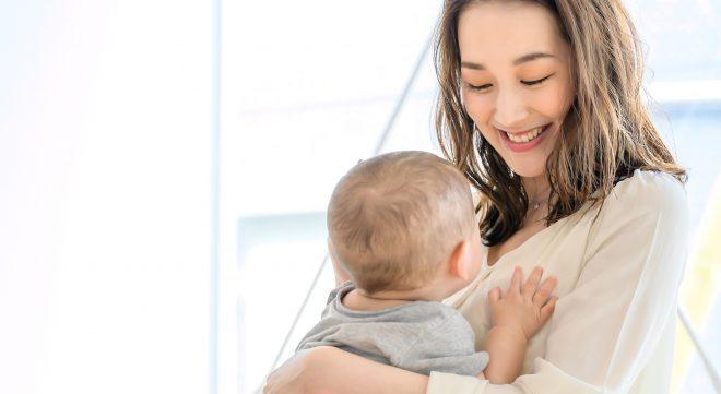 赤ちゃん 母
